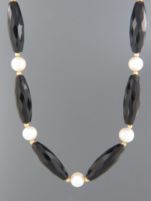 Onyx Necklace with Pearls - tubular faceted stones - 53cm - OX042