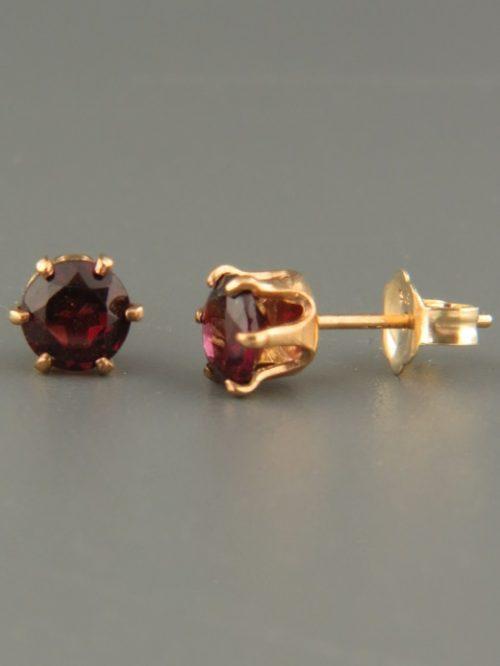 Garnet Earrings - Gold stud - 5mm stones - G505G