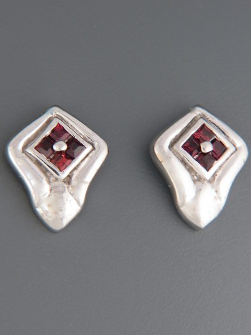 Garnet Earrings - Sterling Silver stud - G559