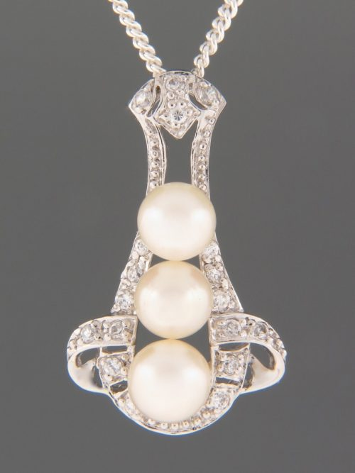 Pacific Pearl Pendant with Zircon - Sterling Silver - Y464