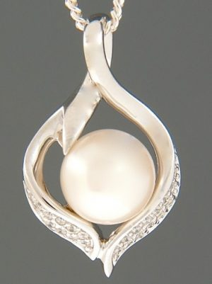 Pacific Pearl Pendant with Zircon - Sterling Silver - Y499