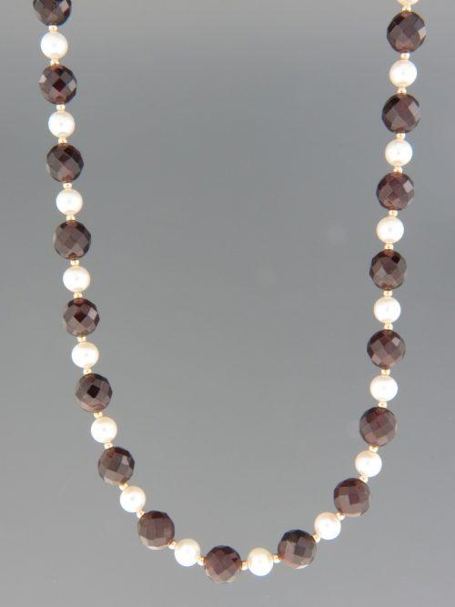 Garnet & Pearl Necklace - 46cm - G043
