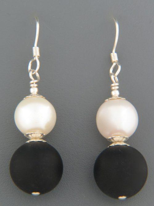 Onyx & Pearl Earrings - Sterling Silver - OX551