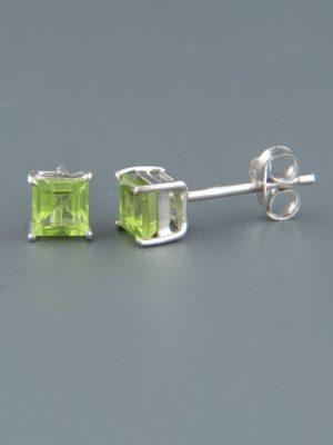 Peridot Earrings - Sterling Silver stud - 6mm stones - P502