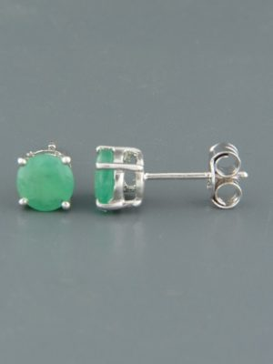 Emerald Earrings - Sterling Silver stud - 6mm stones - E516