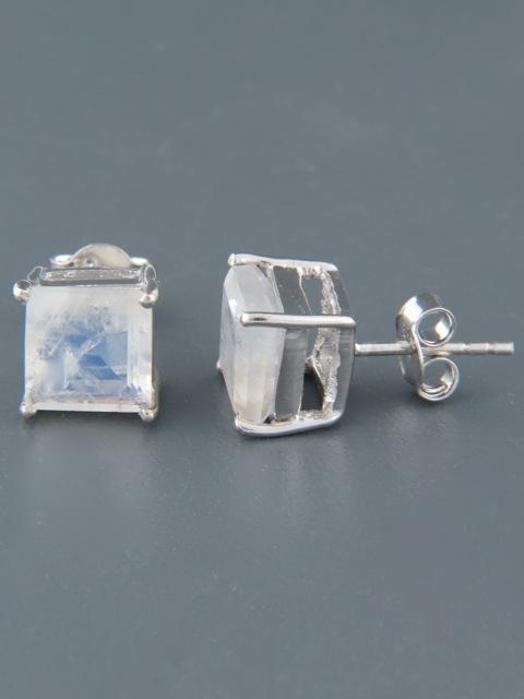 Moonstone Earrings - Sterling Silver stud - 8mm stones - MS511