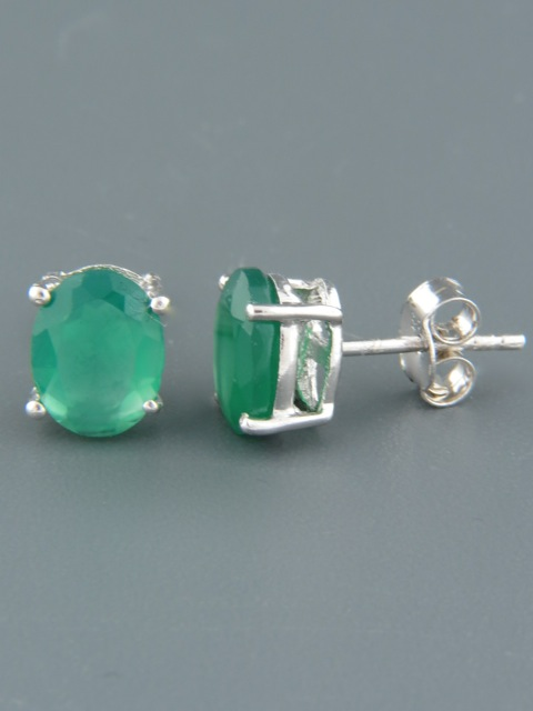 Green Agate Earrings - Sterling Silver stud - 7x9mm stones - AG519