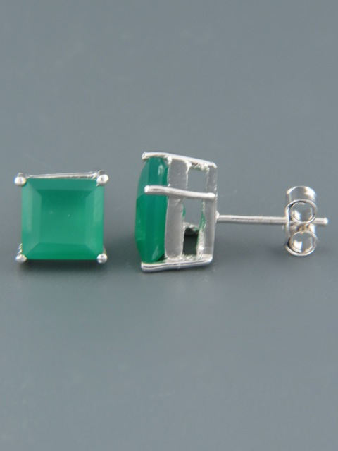 Green Agate Earrings - Sterling Silver stud - 8mm stones - AG522