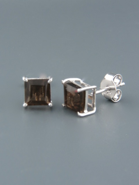 Smokey Quartz Earrings - Sterling Silver stud - 6mm stones - SQ509