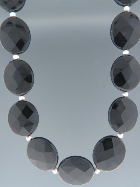 Onyx Necklace - oval faceted stones with Silver beads - OX002