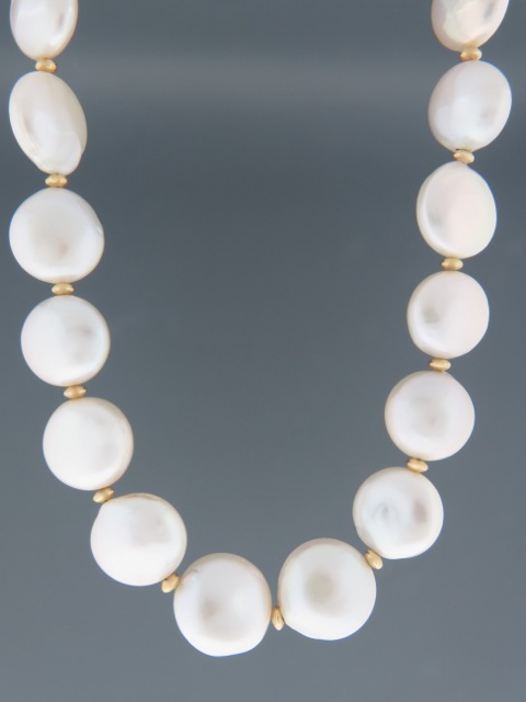 15mm Coin Pearl Necklace with Gold beads - Y005
