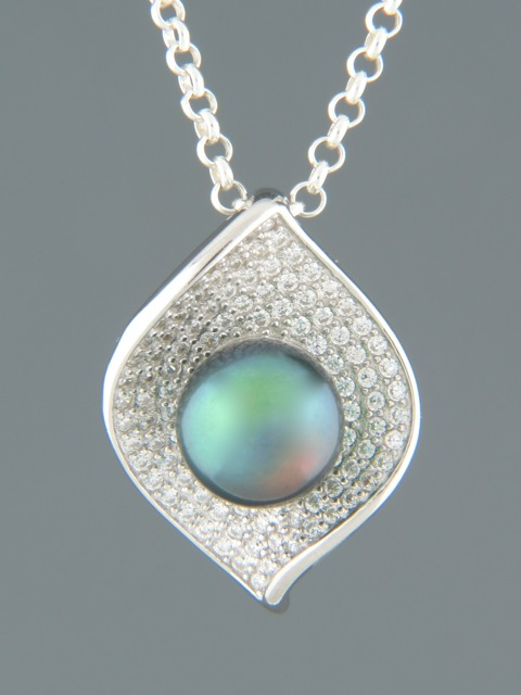 Pacific Pearl Pendant - Sterling Silver - Y318