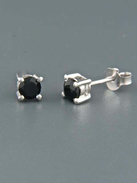 Onyx Earrings - Sterling Silver stud - 4mm stones - OX515