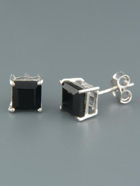 Onyx Earrings - Sterling Silver stud - 6mm stones - OX516