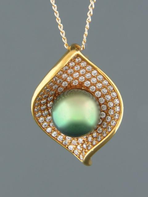 Pacific Pearl Pendant with Zircon - Gold Vermeil - Y318GV