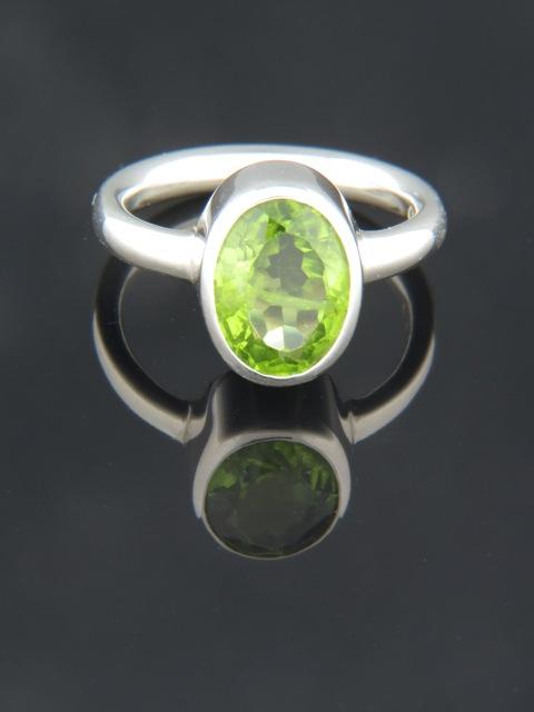 Peridot Ring - Sterling Silver - P102R