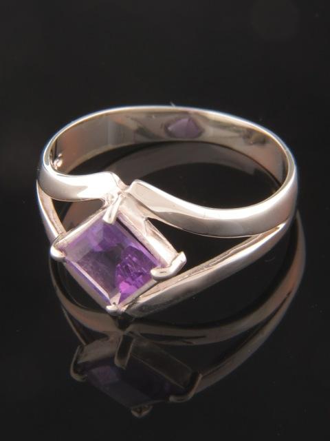 Amethyst Ring - Sterling Silver - A103R
