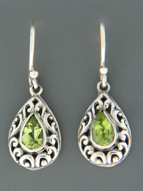 Peridot Earrings - Sterling Silver - P554