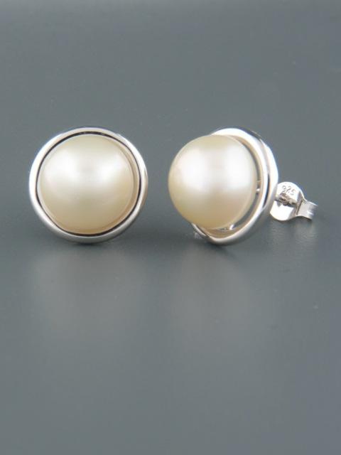 10mm white Pearl stud Earrings - Sterling Silver - Y510