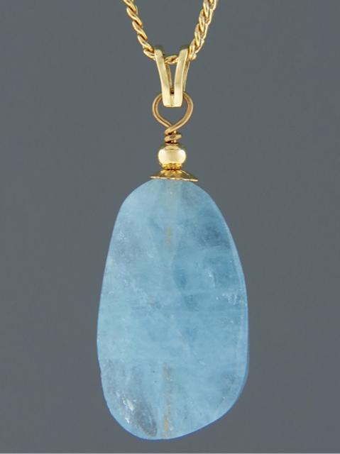 Aquamarine Pendant - 14ct Gold - AQ340