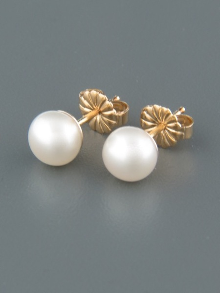 6mm White Pacific Pearl stud Earrings - Gold - YW6ZG