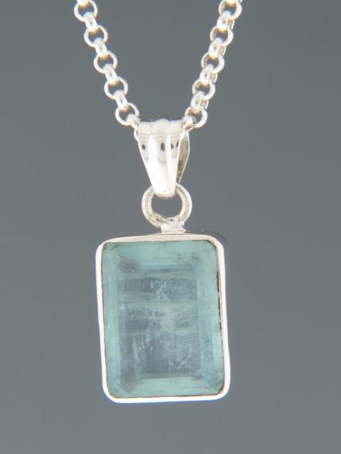 Aquamarine Pendant - Sterling Silver - AQ320