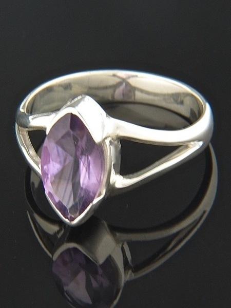 Amethyst Ring - Sterling Silver - A126R