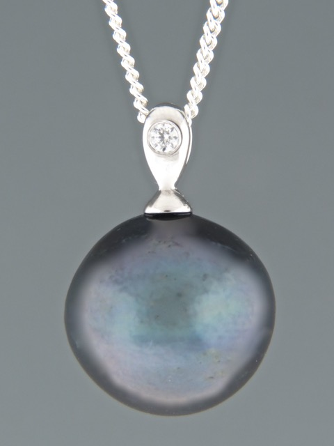 Pacific Pearl Pendant - Sterling Silver - Y300