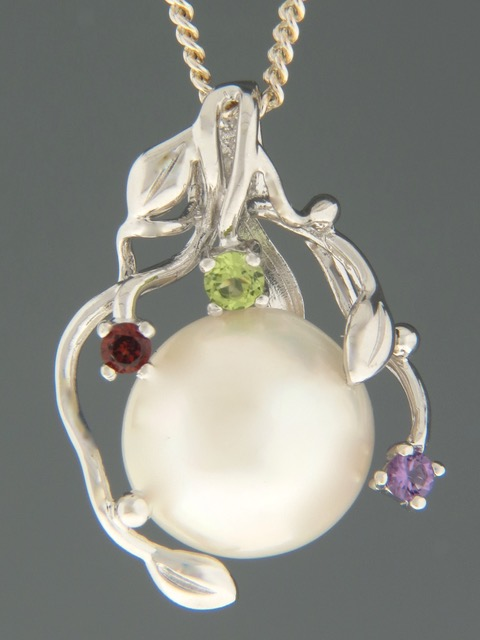 Pacific Pearl Pendant - Sterling Silver - Y314