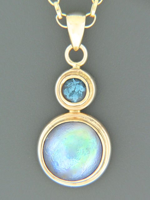 Paua Pearl with Blue Topaz - 14ct Gold - 11mm Pearl - PP360
