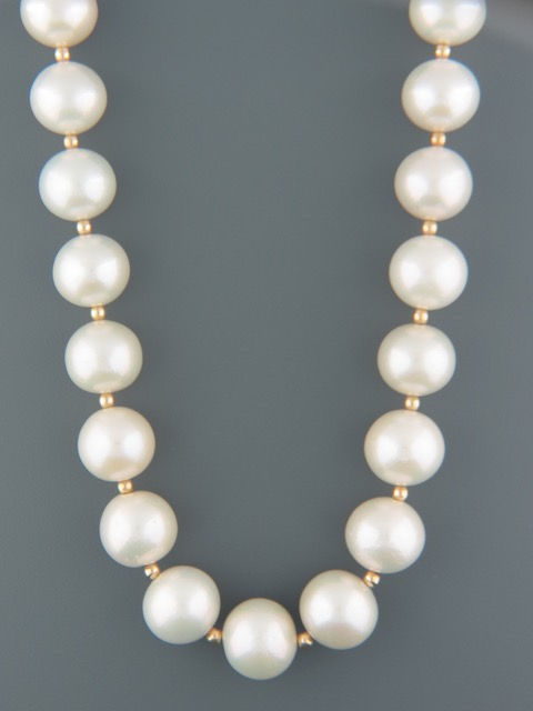 White Pacific Pearls with Gold beads - 12-15mm Pearls - Y020