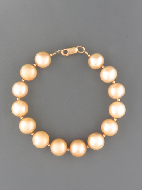 Champagne Pacific Pearl Bracelet with Gold beads - YCH112B