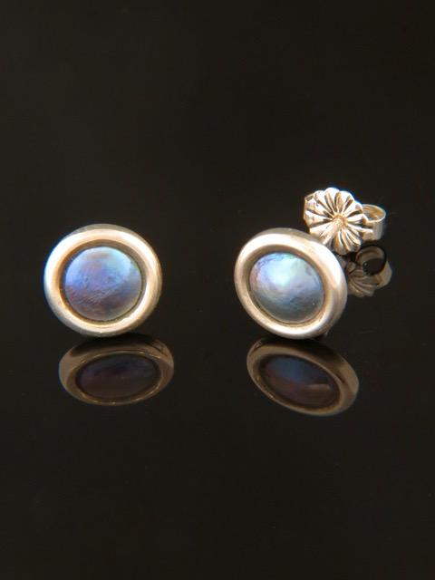 Paua Pearl Earrings - Sterling Silver stud - 6mm Pearls - PP501