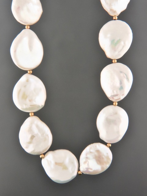 20mm Coin Pearl Necklace with 3mm round beads - Y014
