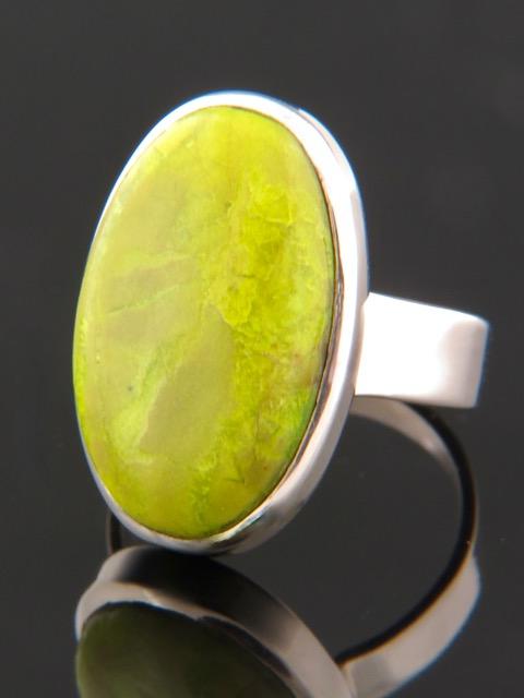 Gaspeite Ring - Sterling Silver - GA104R