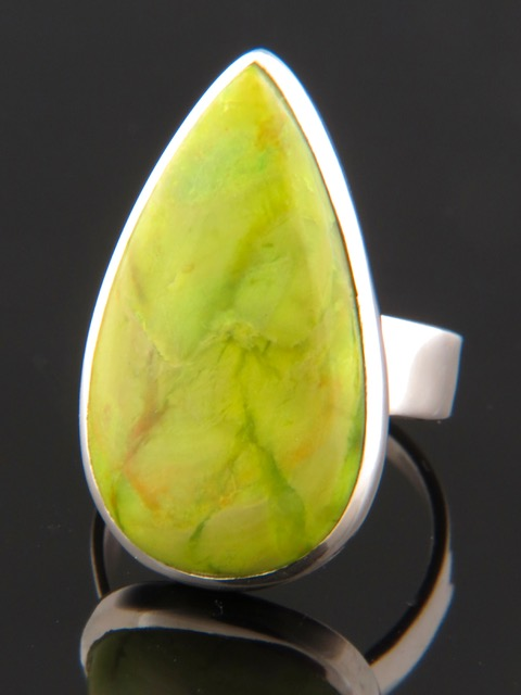 Gaspeite Ring - Sterling Silver - GA103R