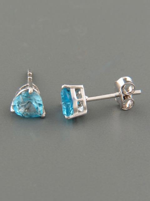 Blue Topaz Earrings - Sterling Silver stud - 6mm stones - BT520